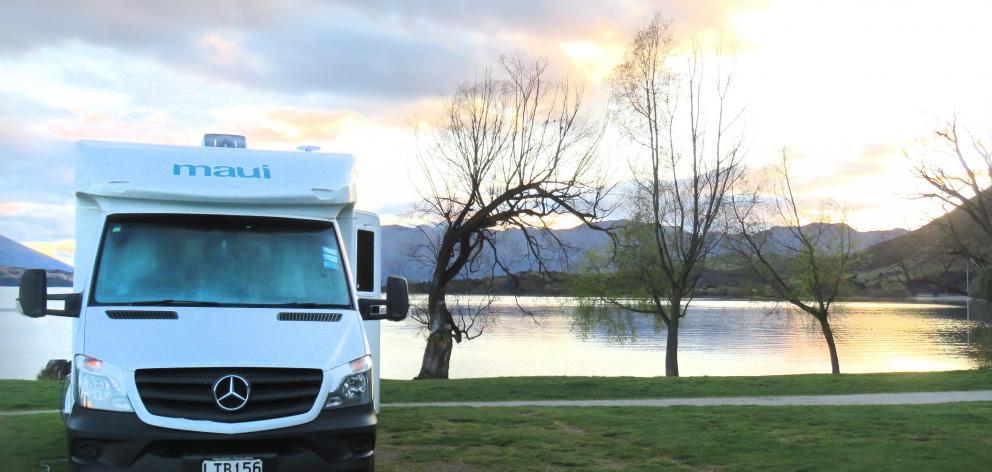Parked up at Glendhu Bay on the shores of Lake Wanaka.