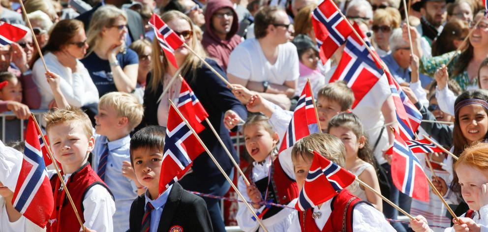 Children taking part in the National Day parade in Oslo on May 17. Photo: Reuters