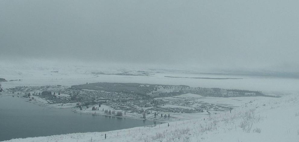 Snow has fallen in Tekapo overnight. Photo: Tekapo Tourism