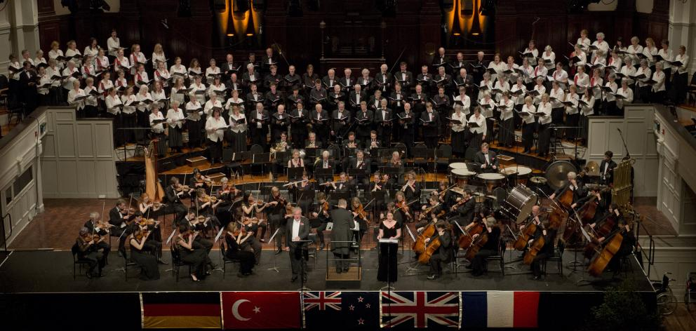 Simon Over conducts the Dunedin Symphony Orchestra with soloists Anna Leese and Martin Snell,...