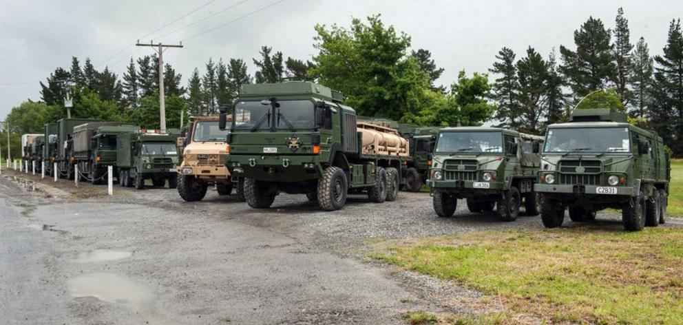 army vehicles wait to leave for kaikoura photossupplied