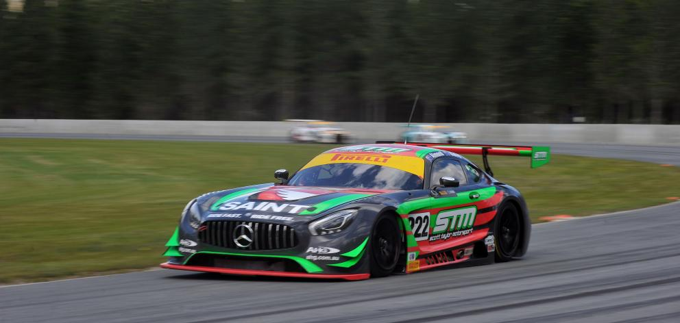 New Zealand driver Craig Baird, in a Mercedes-Benz AMG GT3, maintains his lead in the final laps...