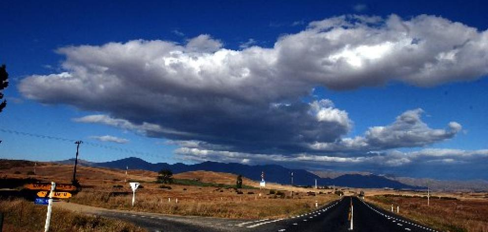 Central Otago's tourism agency is to promote a new inland touring route, highlighting the beauty...