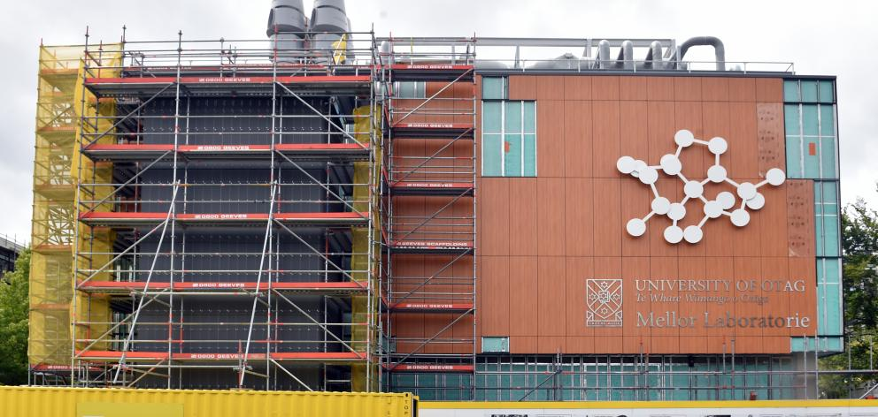 The removal of scaffolding has revealed the new exterior of University of Otago's chemistry building, now known as Mellor Laboratories. Photo by Peter McIntosh.