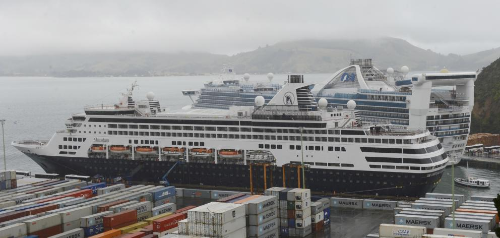Ill Wind Blows City Some Good As Cruise Ship Delayed Otago Daily - Cruise ship delayed