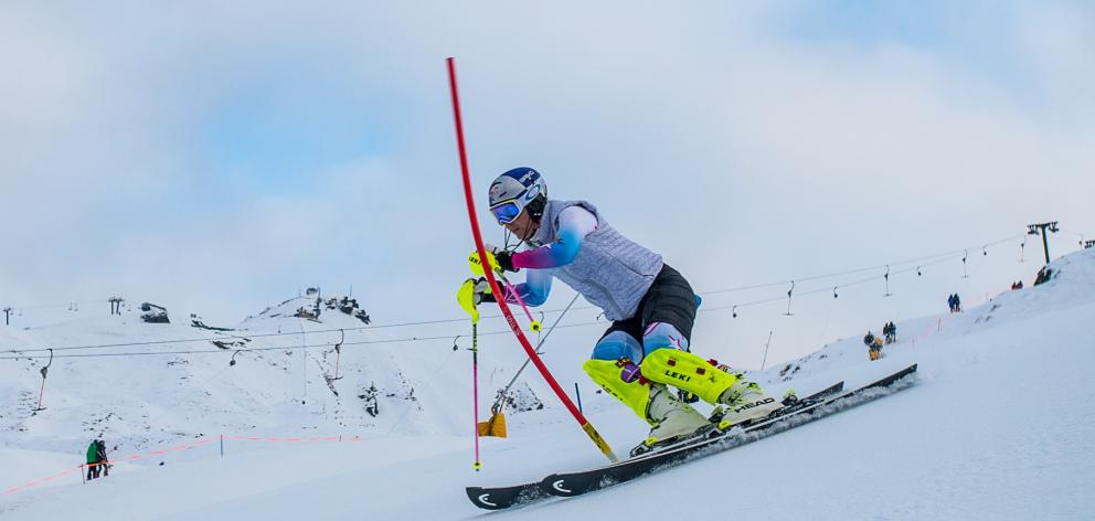 Top US ski-racer Lindsey Vonn trains at Coronet Peak, Queenstown yesterday. Photo: Coronet Peak.