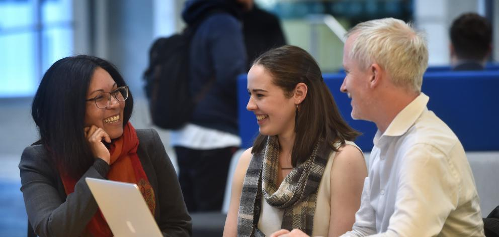 University of Otago fourth-year student Jess Ford (centre) talks about summer internship...
