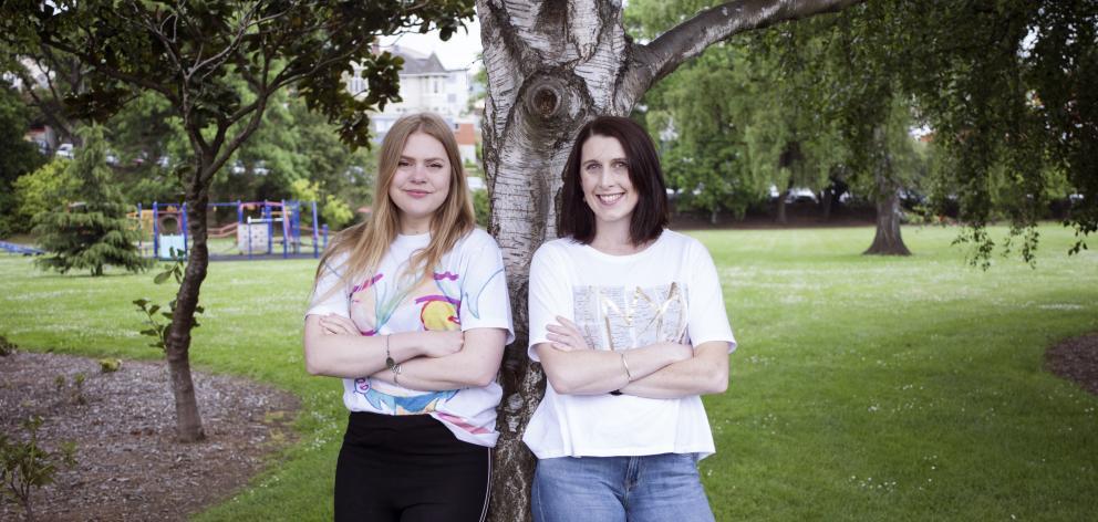 失控的创意总监艾玛约翰逊(左)和总经理佐伊霍布森。照片:提供