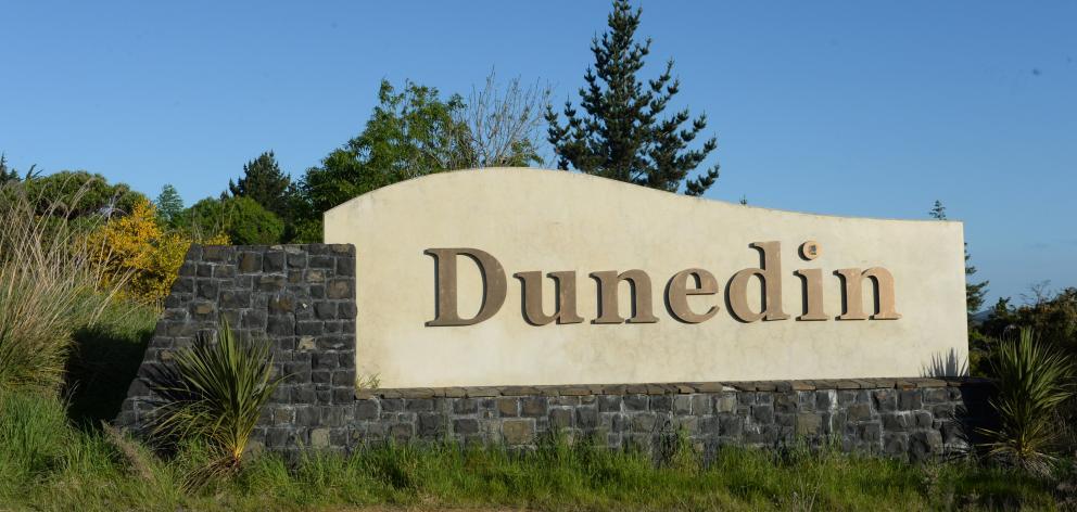 Dunedin sign on Dunedin