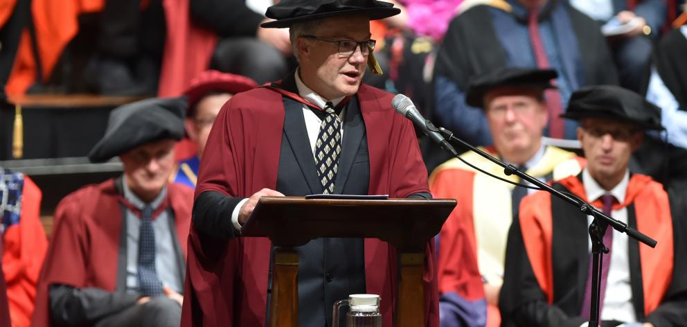 University of Otago microbiologist Prof Greg Cook urges University of Otago graduates to tackle...