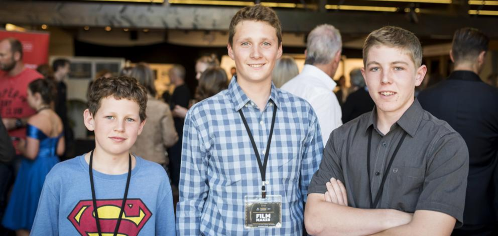 Thomas (left) and Benaiah Dunn (right) with The Chase actor Jack McAtamney at the regional finals last year. Photo: Supplied