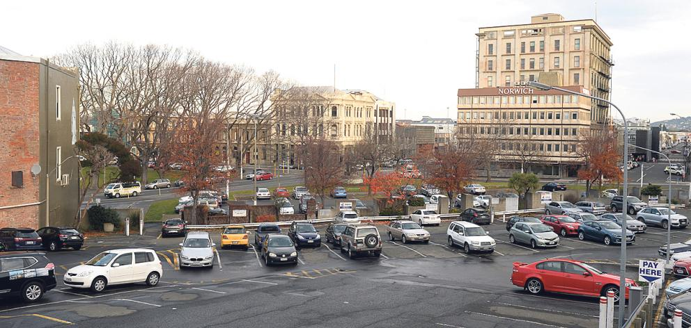 The Dowling St car park. Photo: Linda Robertson