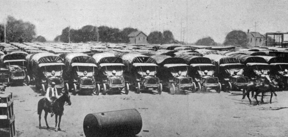 Hundreds of trucks lined up at United States military Camp Holabird, in Maryland. - Otago Witness, 28.8.1918.