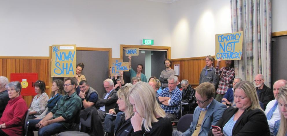 Lake Hawea residents express their concerns to the Queenstown Lakes District Council over plans...