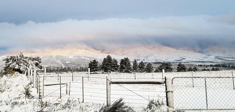 The wintry weather produces postcard scenes in Naseby. Photo: Craig Sherson
