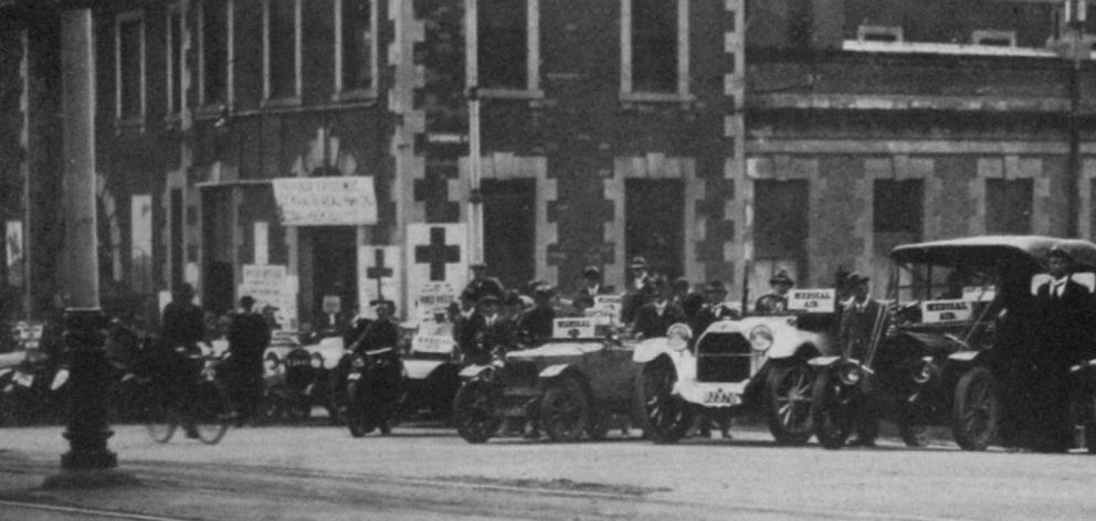 Some of the motor cars placed at the disposal of the Central Bureau (Dunedin centre for co...