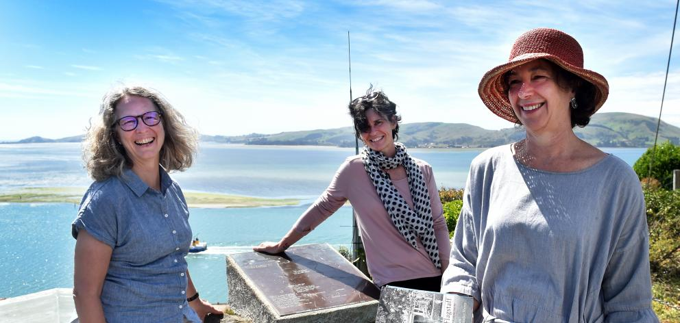 Poetry course presenter and poet Sue Wootton (right) with fellow writers Elizabeth Mornin (left) and Kate Genet at Observation Point, Port Chalmers, yesterday. Photo: Peter McIntosh