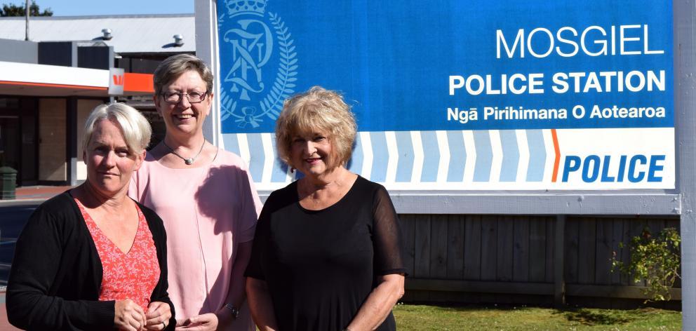 Saddle Hill Foundation Trust Taieri community co-ordinator Jacqui Hyde, community facilitator Joy Davis and Otago Neighbourhood Support regional co-ordinator Lois Scott Muir. Photo: Shawn McAvinue