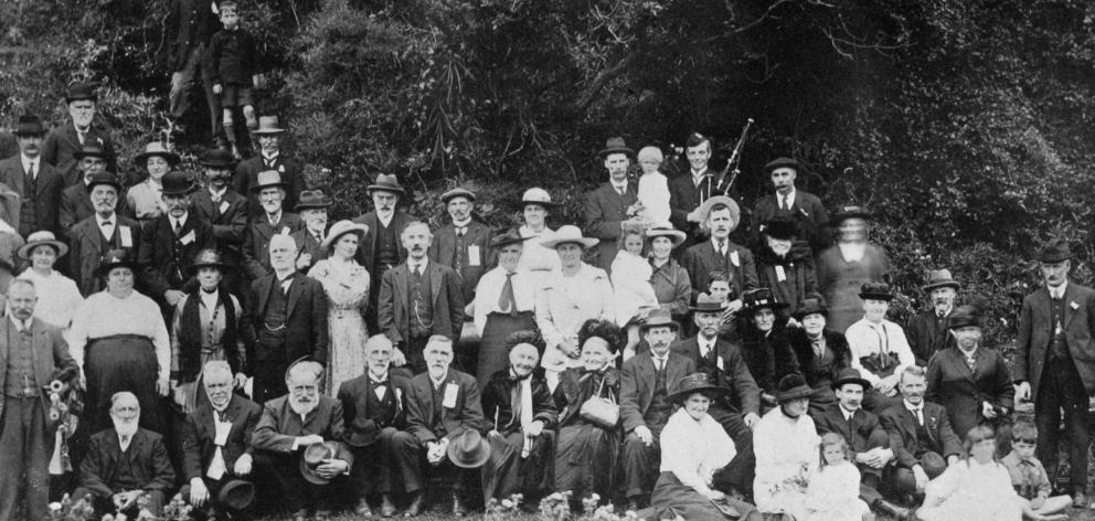 2月28日在Portobello举行的旧身份年度野餐--Otago Witness,5.3.1919。