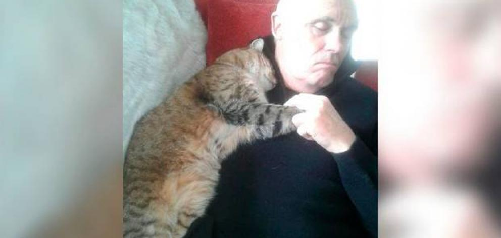 """""""My Dad is recovering from an operation. Mum went out and left a door slightly ajar. My parents do not have a cat."""" Photo: Andrew Falloon @andrewfalloon"""