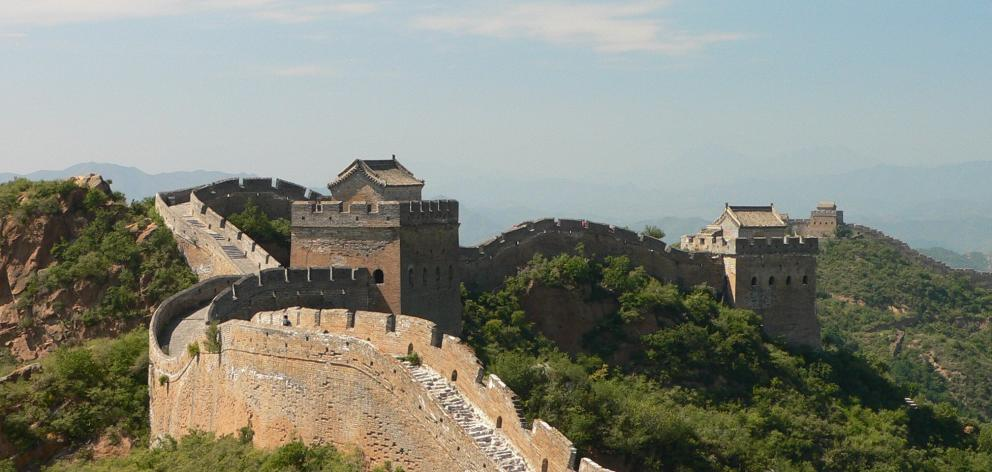 The new ''Seven Wonders of the World'' as selected by a Swiss Foundation in 2007: The Great Wall...