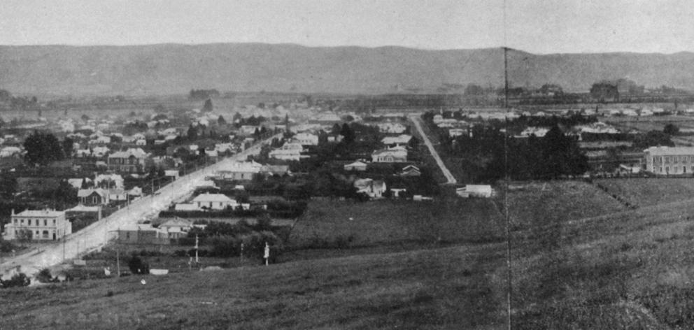 The growing township of Mosgiel with the woollen factory on the extreme right. - Otago Witness, 28.5.1919