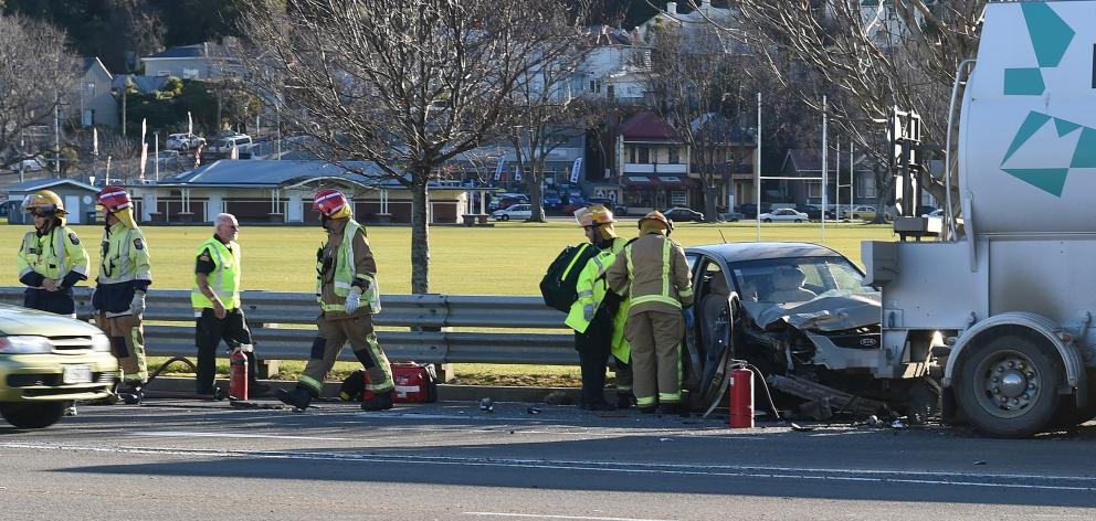 One seriously injured in crash near Oval | Otago Daily Times