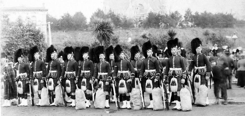 The Dunedin Highland Rifles (1885-1910), precursor to the NZ Scottish Regiment from an earlier...