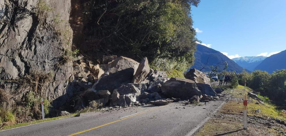 The rockfall blocked both lanes of State Highway 6. Photo: NZTA