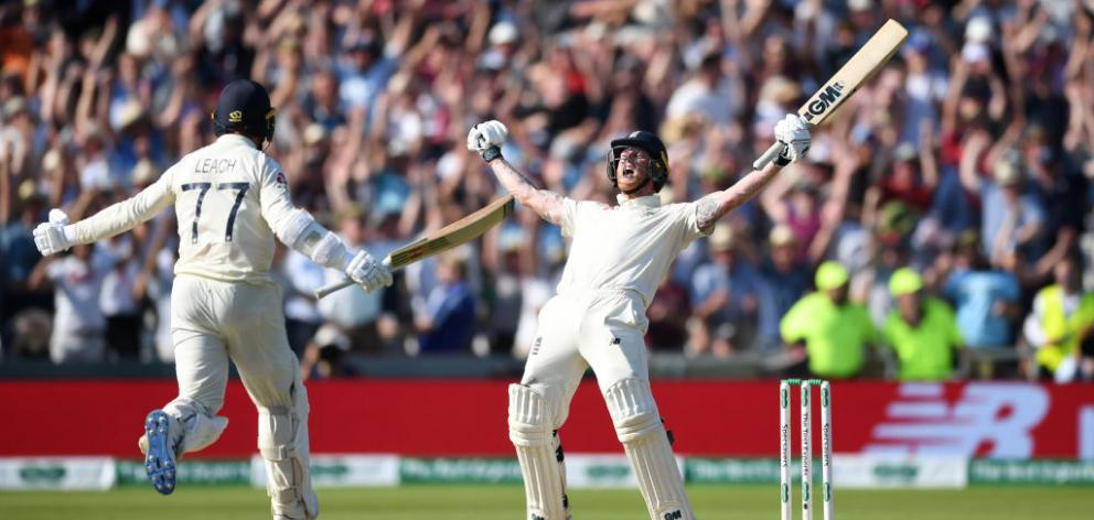 Ben Stokes of England celebrates with Jack Leach after hitting the winning runs to win the 3rd Ashes Test. Photo: Getty Images