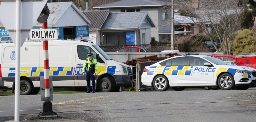 There was a heavy police presence on Ontario St this morning. Photo: Sandy Eggleston