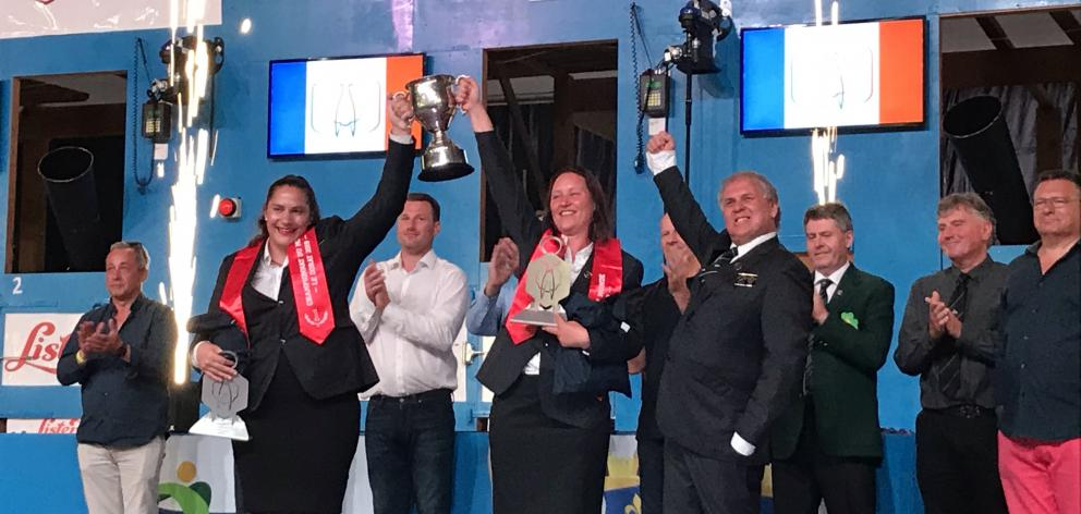 Golden Shears 2019 world champion woolhandling team (front, from left) Pagan Karauria, Sheree...
