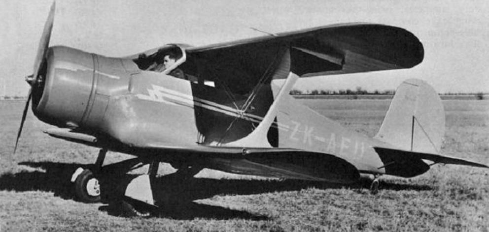 A photo from 1937 shows a demonstration of a patient in the back of the Staggerwing air ambulance...