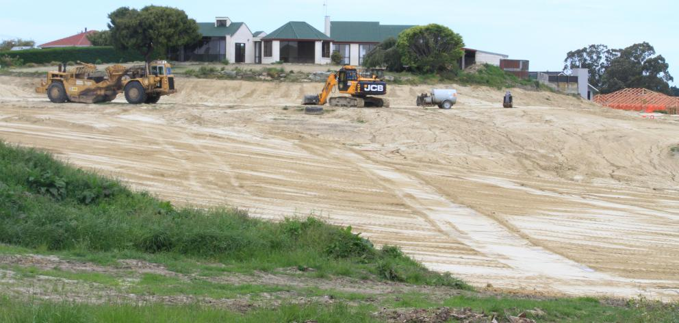 A Wansbeck St subdivision will install and maintain its own stormwater system, the Waitaki District Council says, after neighbours complained about the amount of clay running off the property and into a nearby creek. Photo: Hamish MacLean