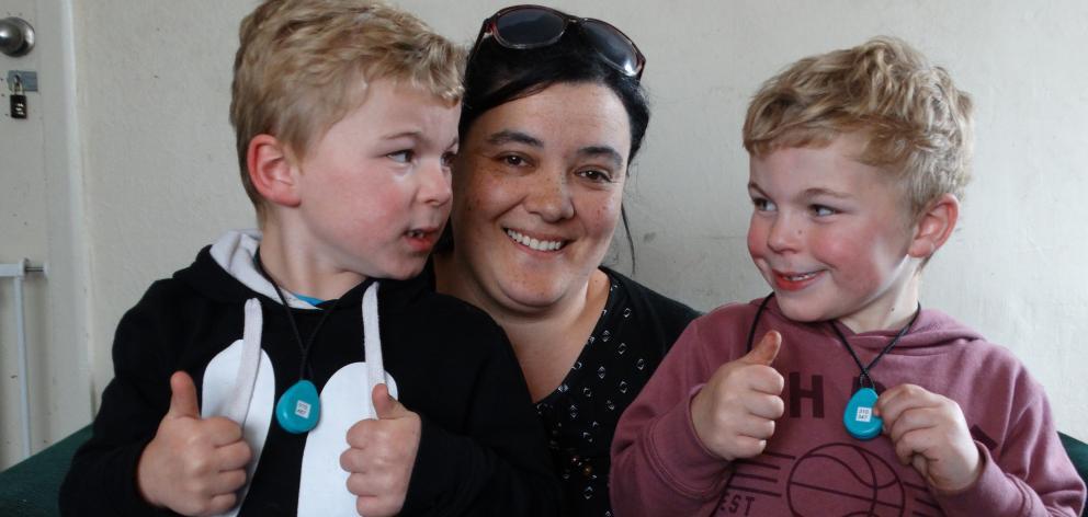Dunedin Mum Luisa Hakai is grateful for the security offered through the WandaTrak pendants worn by twin sons Elijah (left) and Isaiah Hakai (both 5), PHOTO: BRENDA HARWOOD