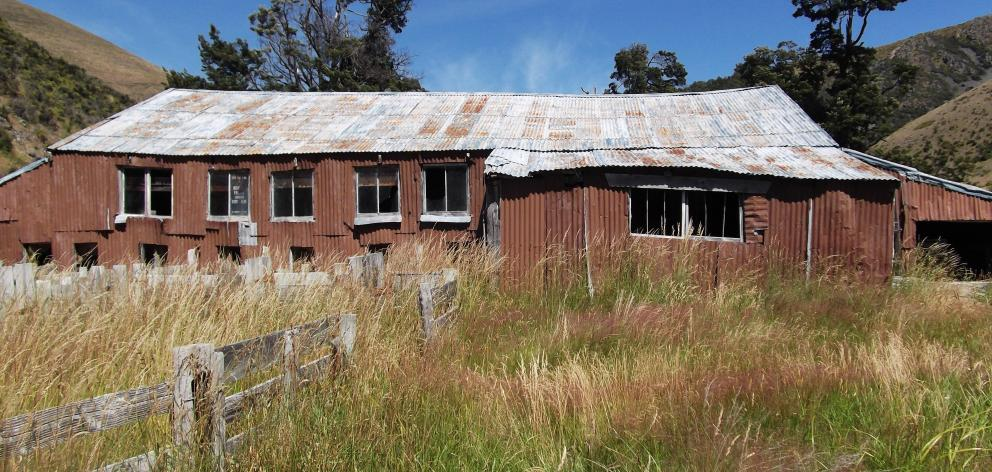 The 1920s-built Quailburn Woolshed was  in use until 1996.