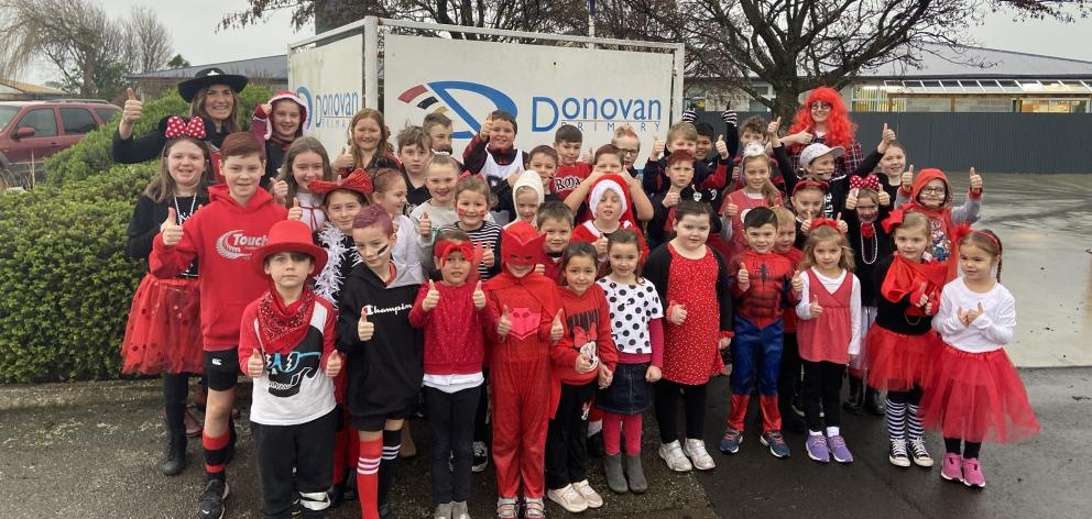 Donovan Primary School pupils raised about $1000 during the school's casual Friday yesterday.