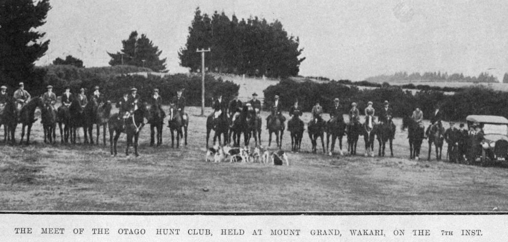 The meet of the Otago Hunt Club at Mount Grand, Wakari, on July 7, 1920. — Otago Witness  20.7...