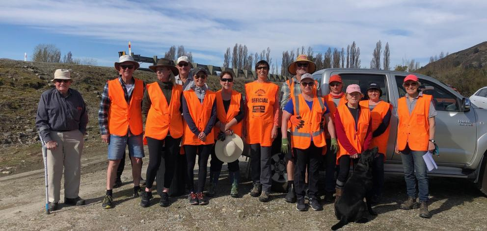 Volunteers who cleared rubbish from along the Cardrona River. PHOTOS: SUPPLIED