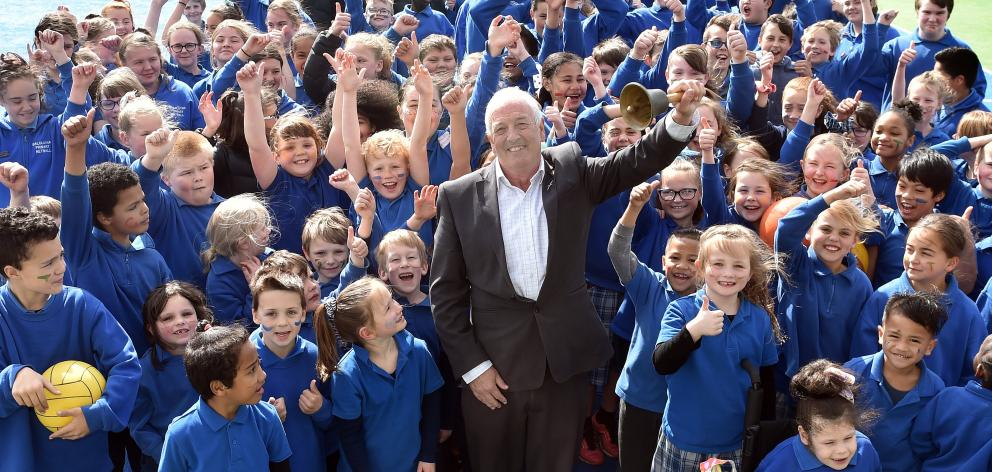 Balclutha Primary School principal Paddy Ford rings the bell on his 42-year career in education...