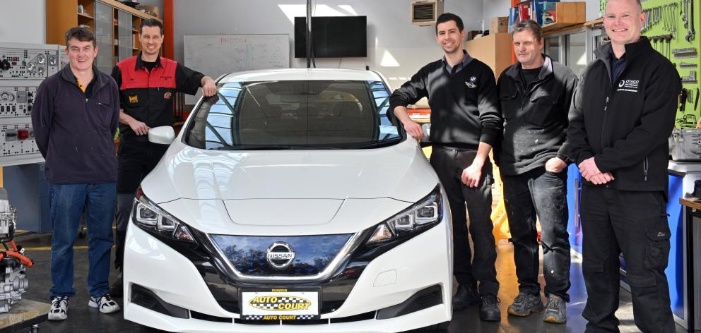 Excited to receive their level 5 certificate in electric vehicle automotive engineering yesterday...