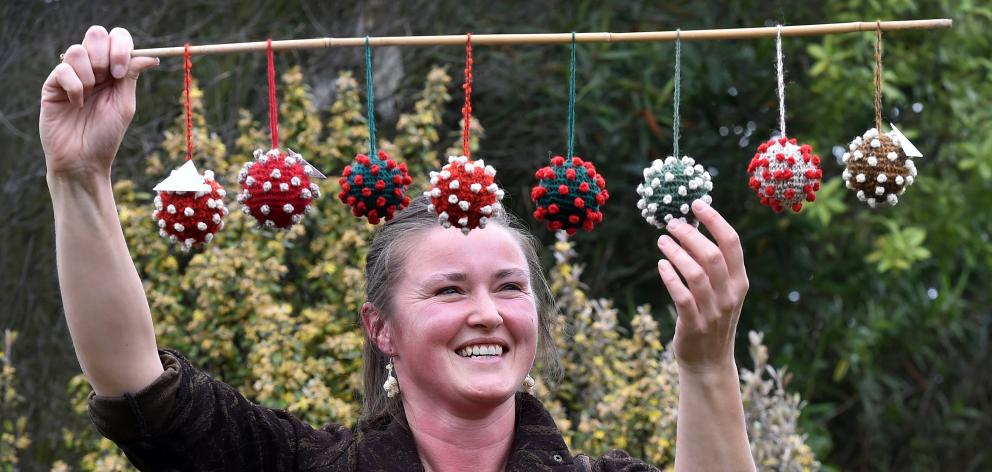 Dunedin Christmas 2021 Covid Balls Bring Some Festive Fun To Difficult Year Otago Daily Times Online News