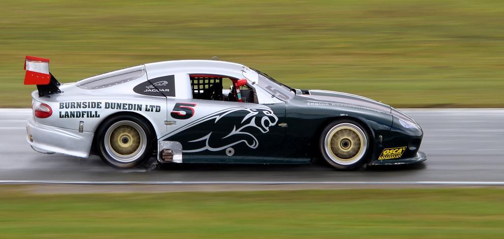Steve Ross pilots his Jaguar XK at the Teretonga Park track late last year. PHOTO: RON VEINT.