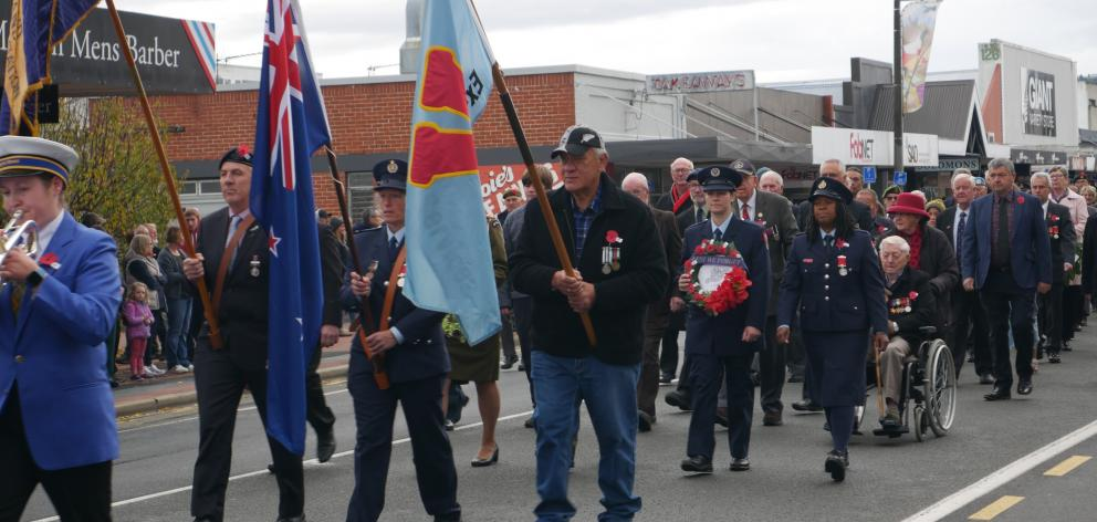 Mosgiel's Anzac Day Parade went from the Mosgiel Memorial RSA to Anzac Park.