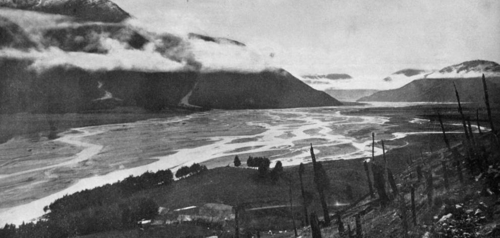 Waimakariri River, Canterbury, looking down from above the Bealy. - Otago Witness 2.8.1921