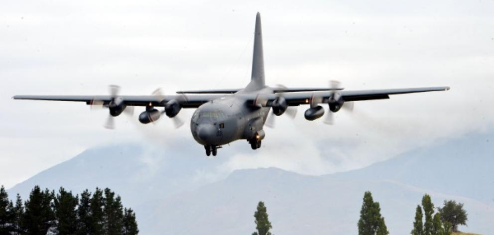 A Queenstown lobby group believes Ladies Mile can accommodate a C-130 Hercules in the event of a major disaster. Photo: Mountain Scene