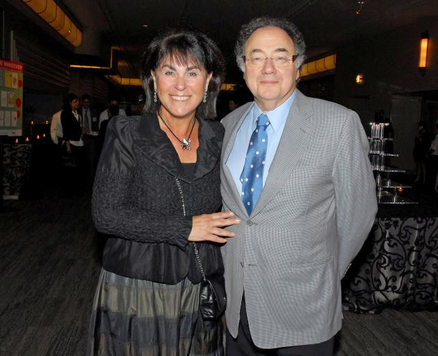 Toronto police to update Barry and Honey Sherman investigation on Friday