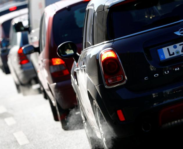 German cities can ban diesel cars, court rules