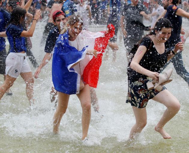 France fans celebrate. Photo: Reuters