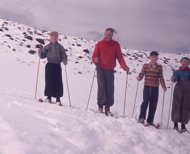 Dennis Willyams, Wilson Campbell, Leigh Willyams and Vaughan Campbell skiing on Mt Luxmore. Photo...